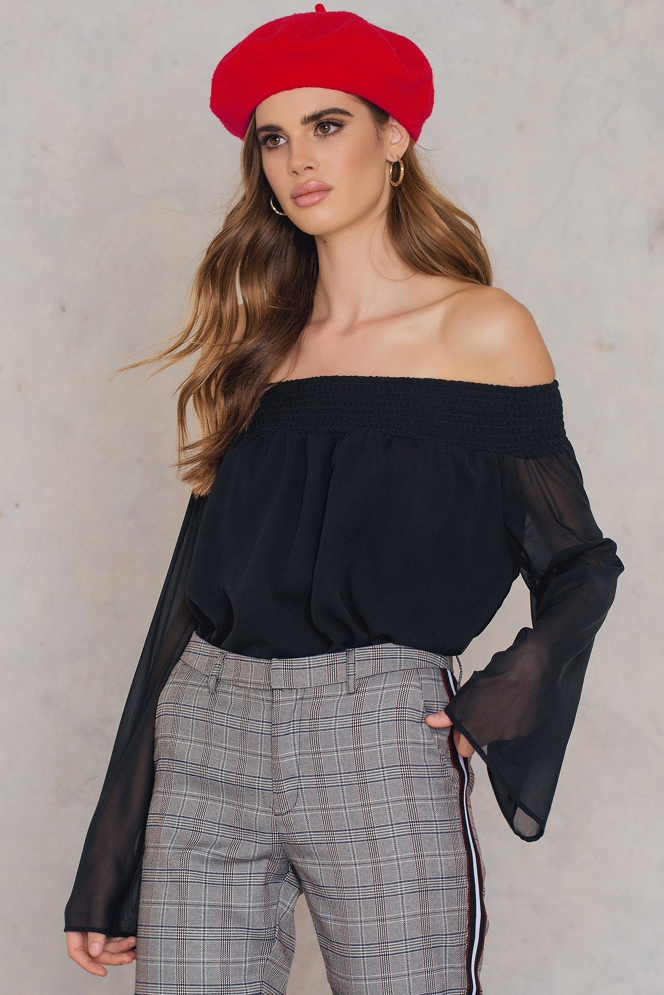 Off Shoulder Long Sleeve Top NA-KD.COM
