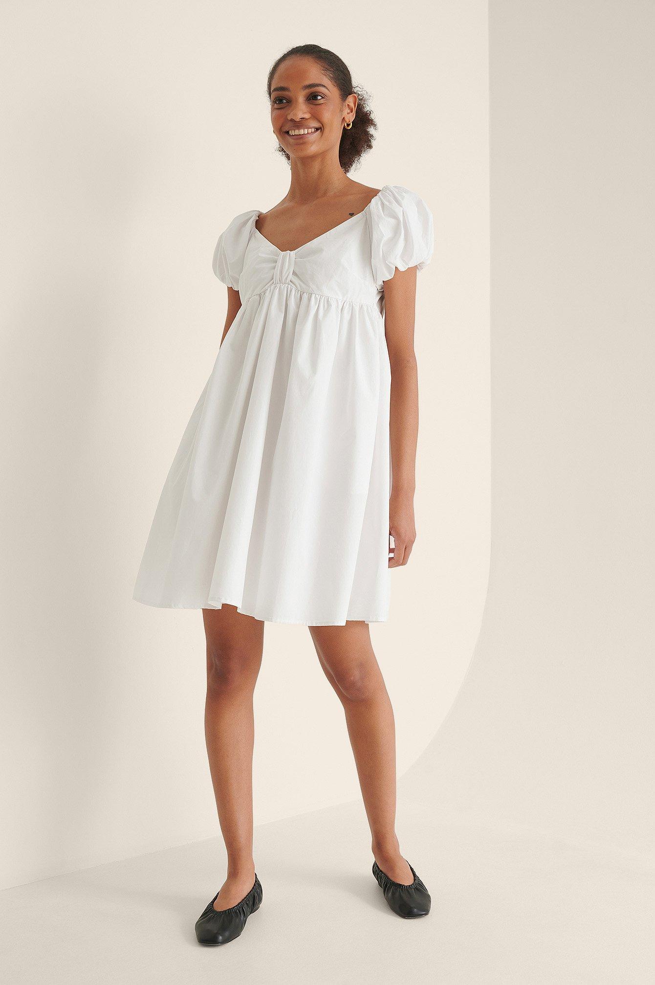 NA-KD Trend Økologisk Offshoulder Minikjole - White
