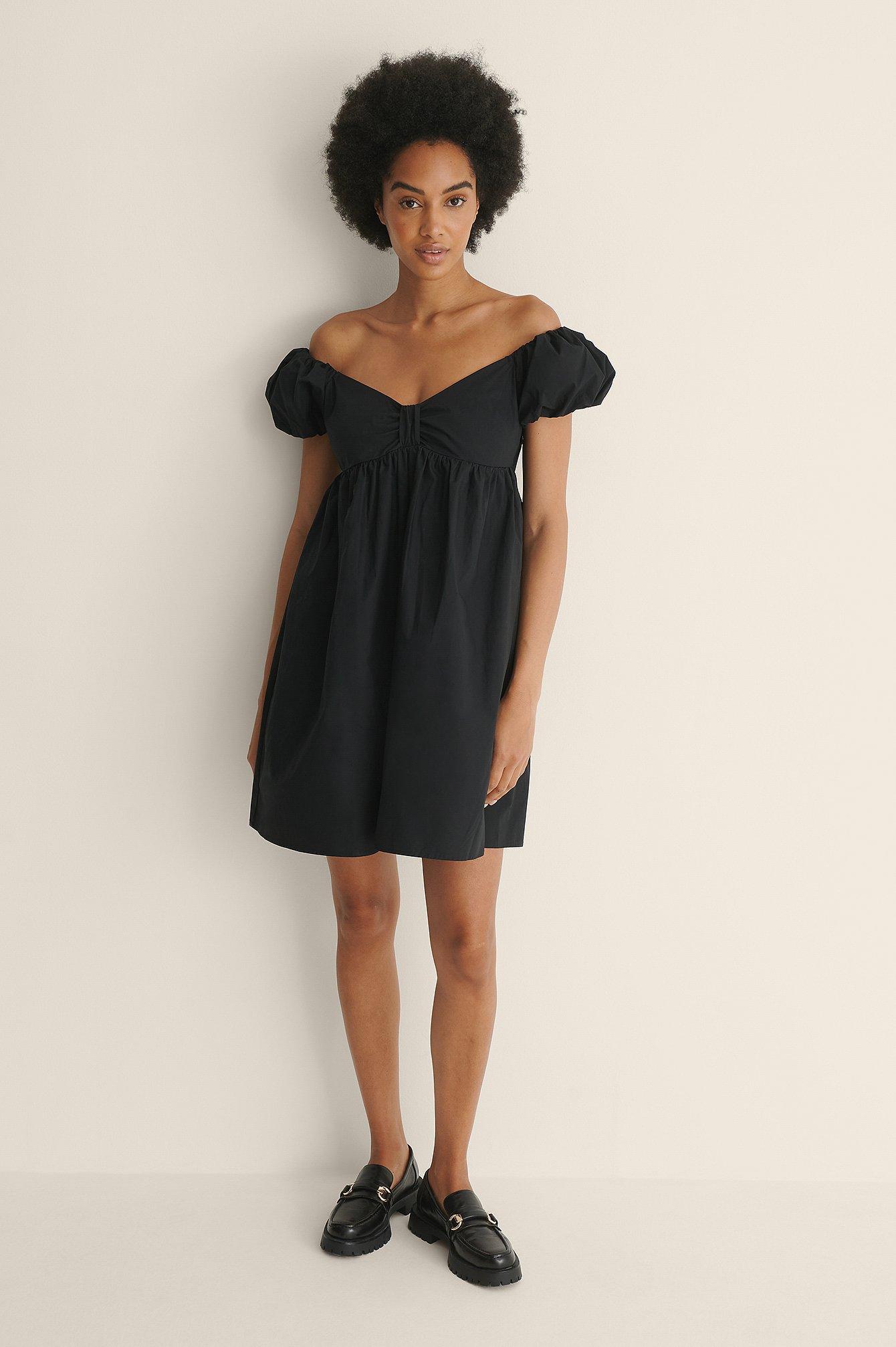 na-kd trend -  Organisch Schulterfreies Minikleid - Black