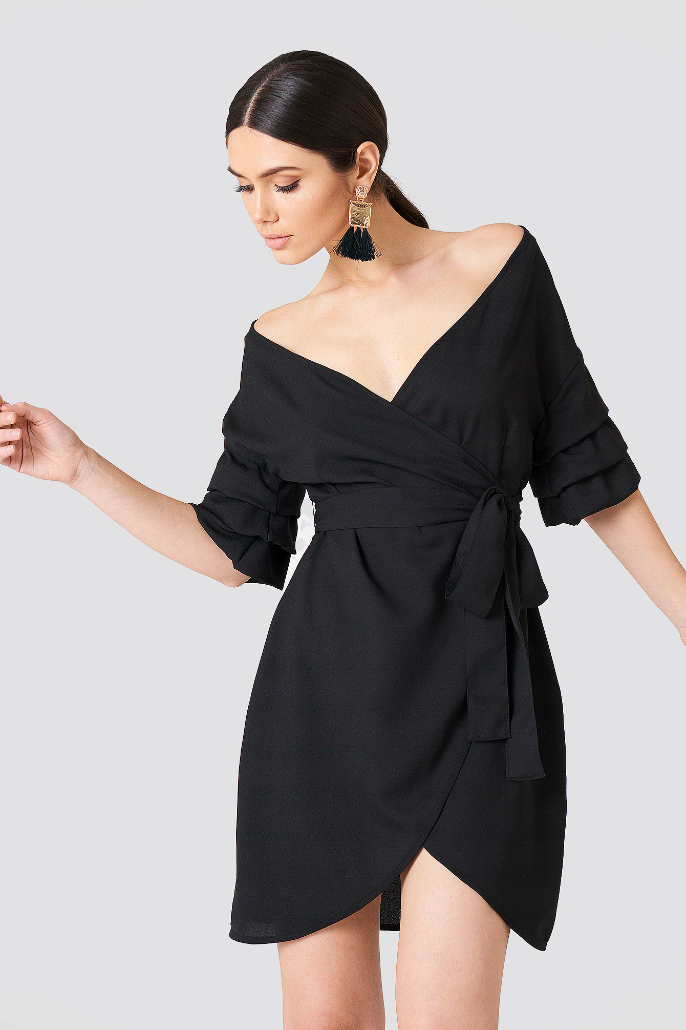 Off Shoulder Overlapped Dress NA-KD.COM