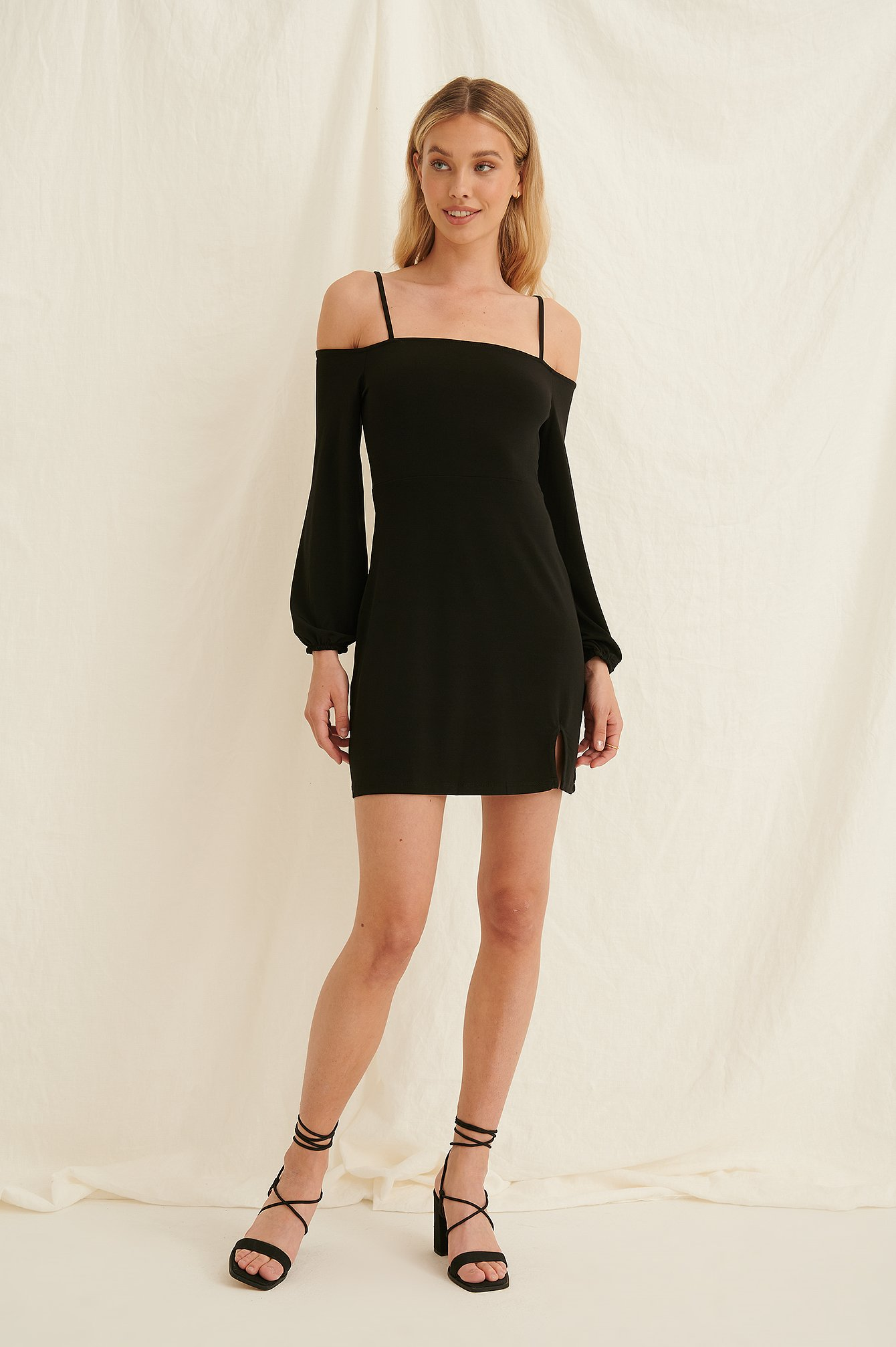 Black Off Shoulder Balloon Sleeves Dress