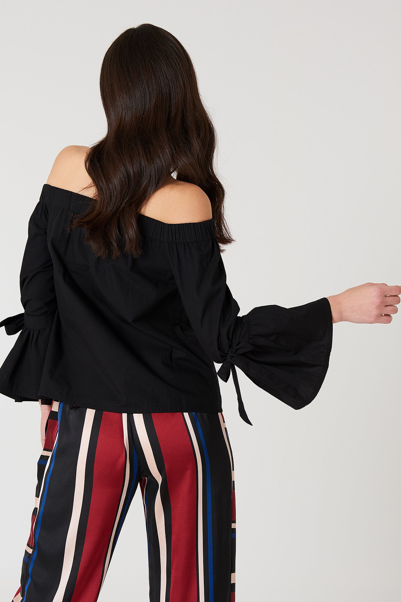 Off Shoulder Tie Sleeve Top NA-KD.COM