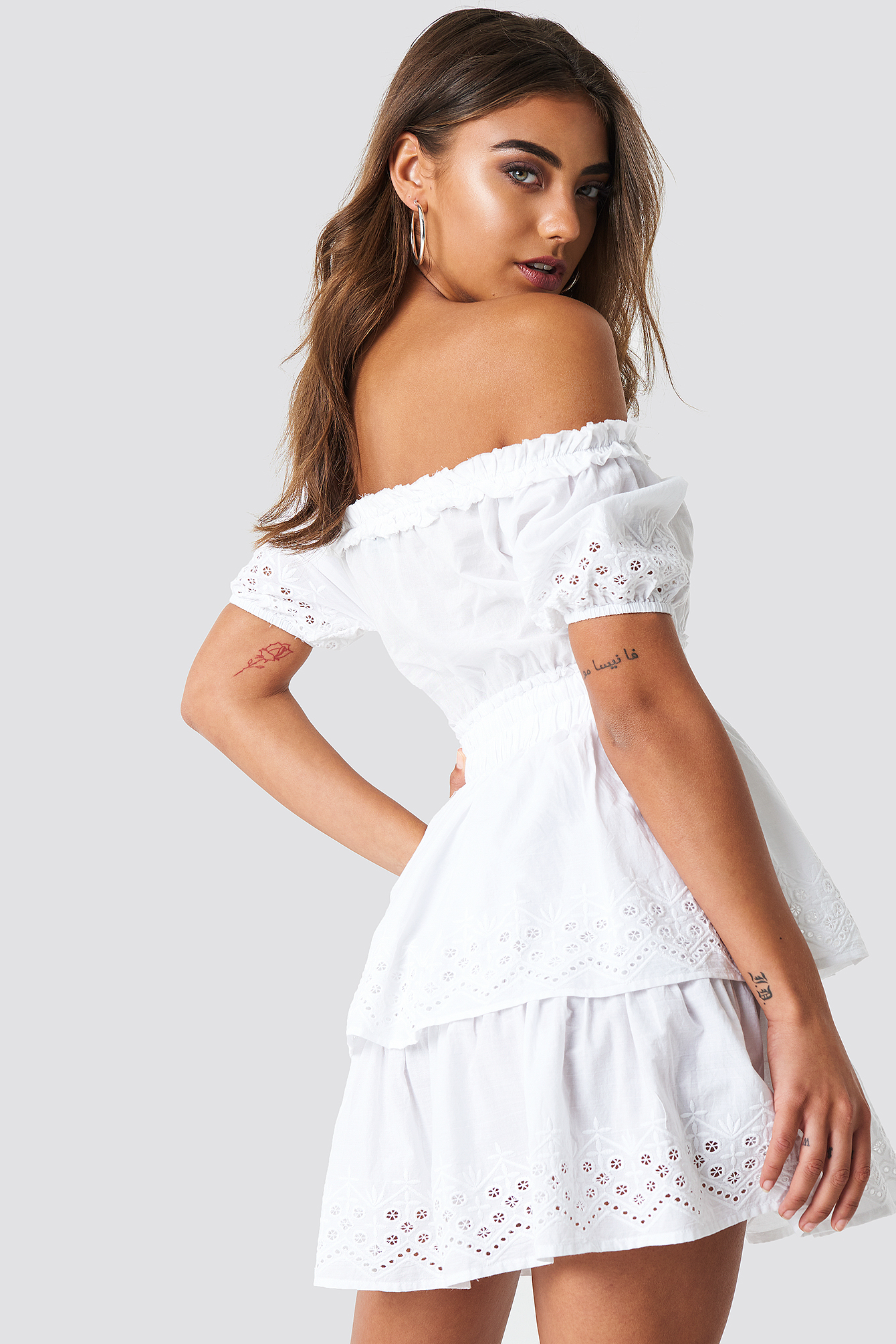 Dernières Collections Prix Pas Cher NA-KD Off Shoulder V Neck Crochet Frill Dress vente p4B5dGhv