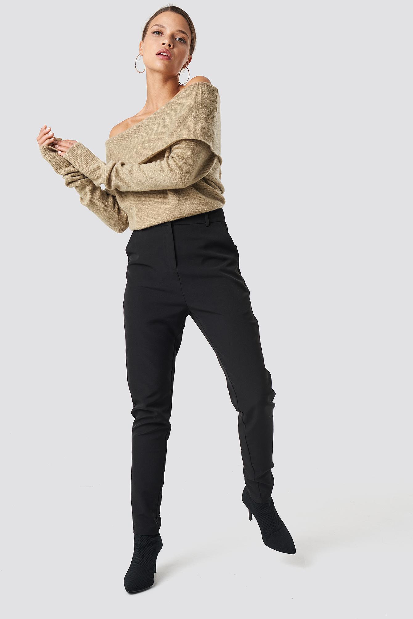 Szeroki sweter z odkrytymi ramionami NA-KD.COM