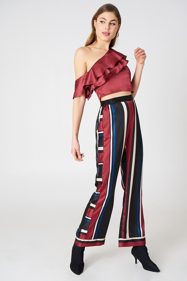One Shoulder Frill Top Wine Red