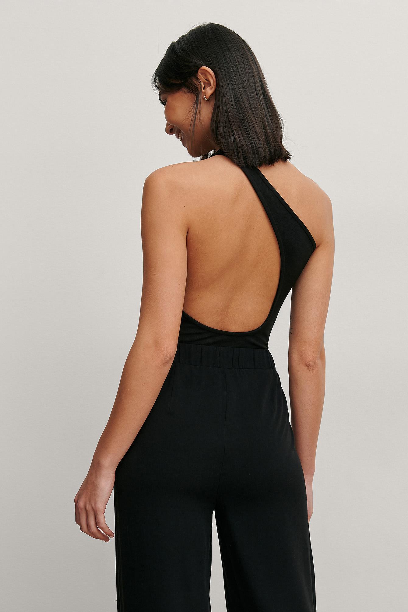 matiamu by sofia x na-kd -  Einseitig Schulterfreies Body Mit Offenem Rücken - Black