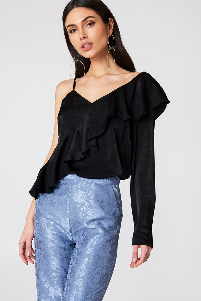 One Sleeve Frill Top Black