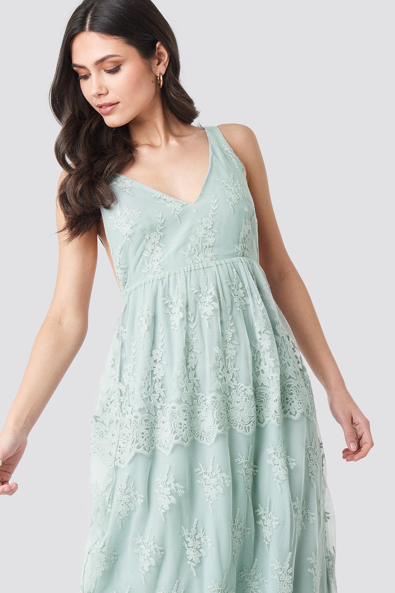 Open Back Flower Lace Dress NA-KD.COM