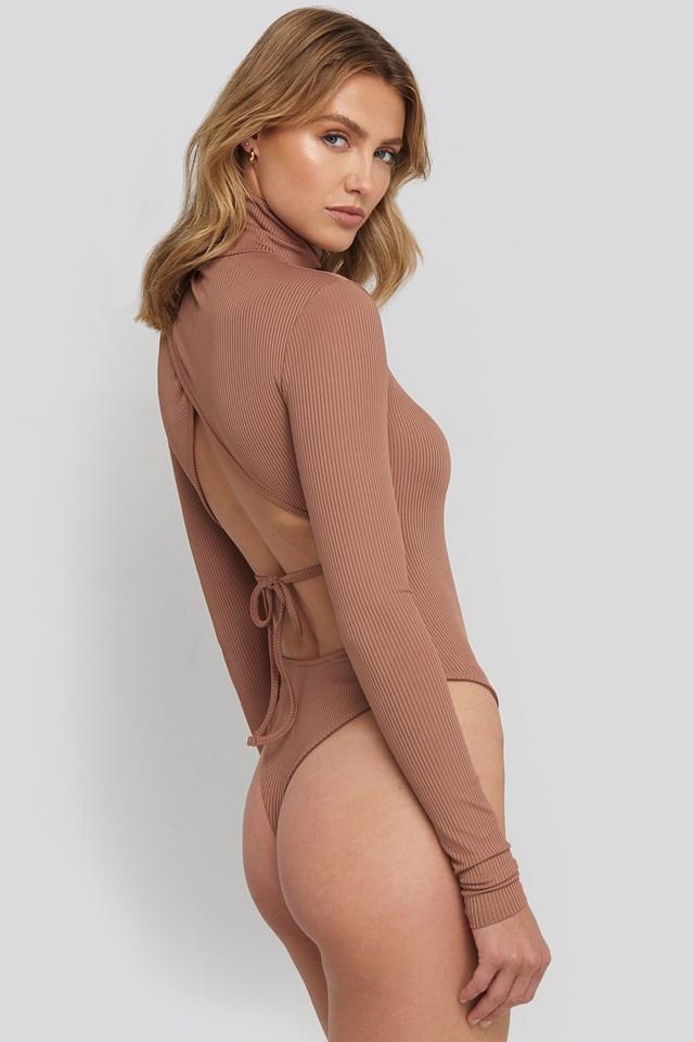 Open Back Highneck Bodysuit Dusty Dark Pink