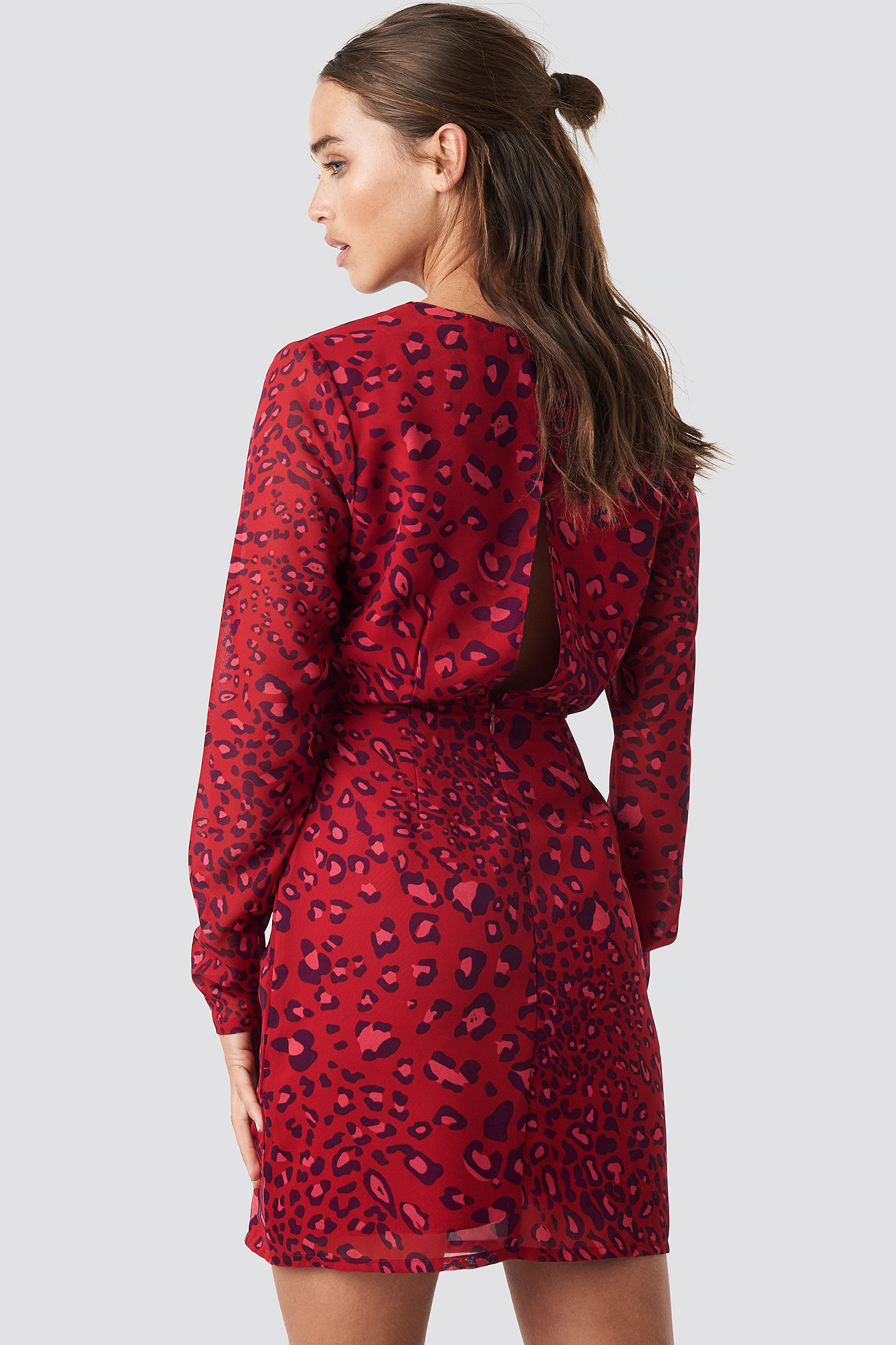 Open Back Short Dress NA-KD.COM
