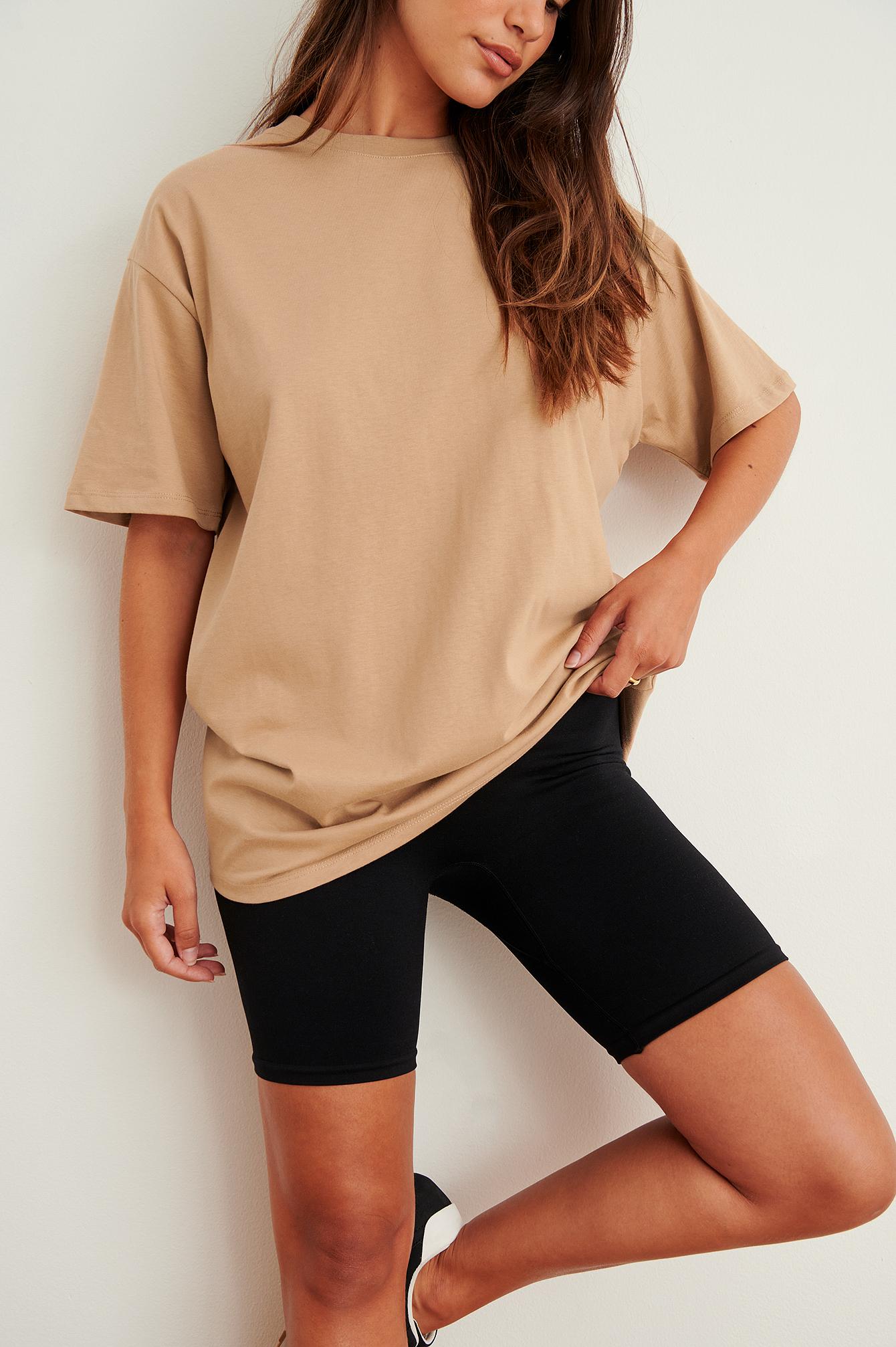 NA-KD Basic Økologisk Oversize Rundhalset T-Shirt - Brown