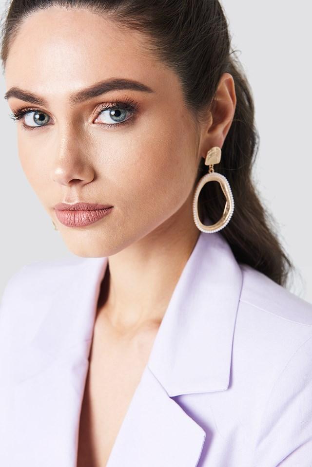 Oval Pearl Framed Earrings Gold