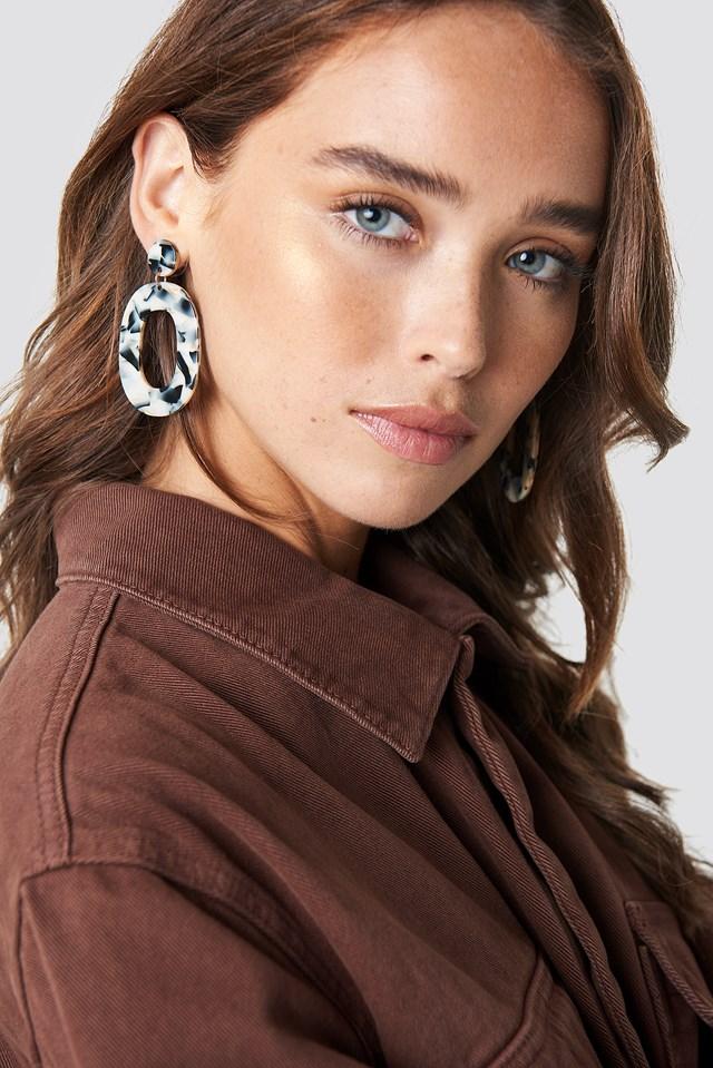Oval Resin Look Earrings Black/White
