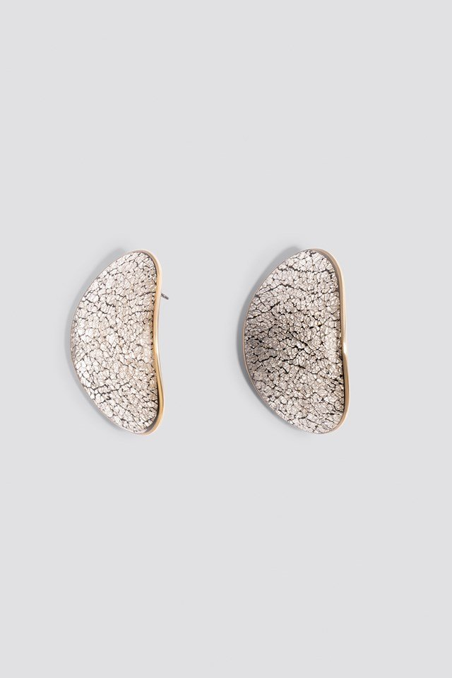 Oval Silver Textured Earrings NA-KD.COM