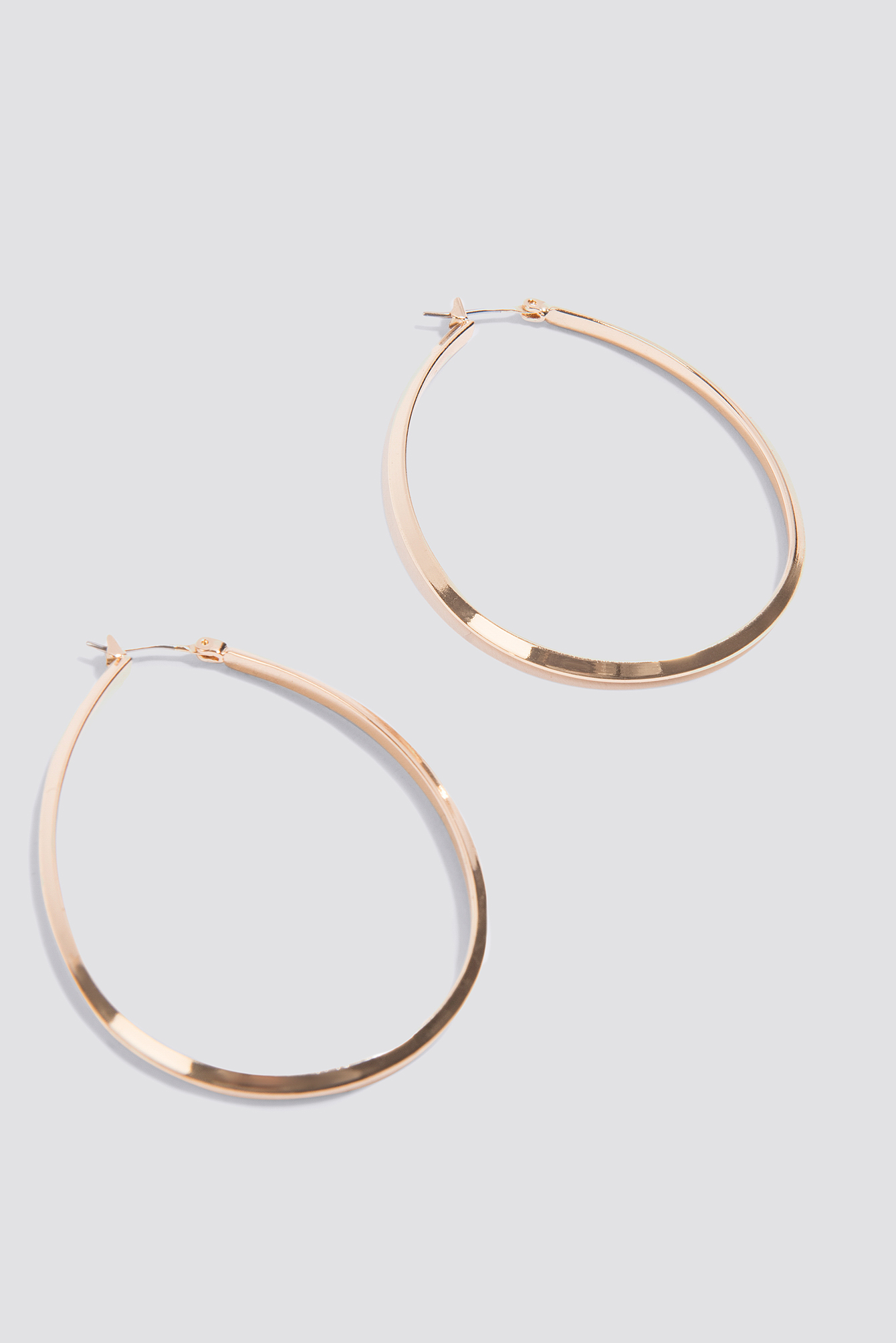 Oval Structured Hoop Earrings NA-KD.COM