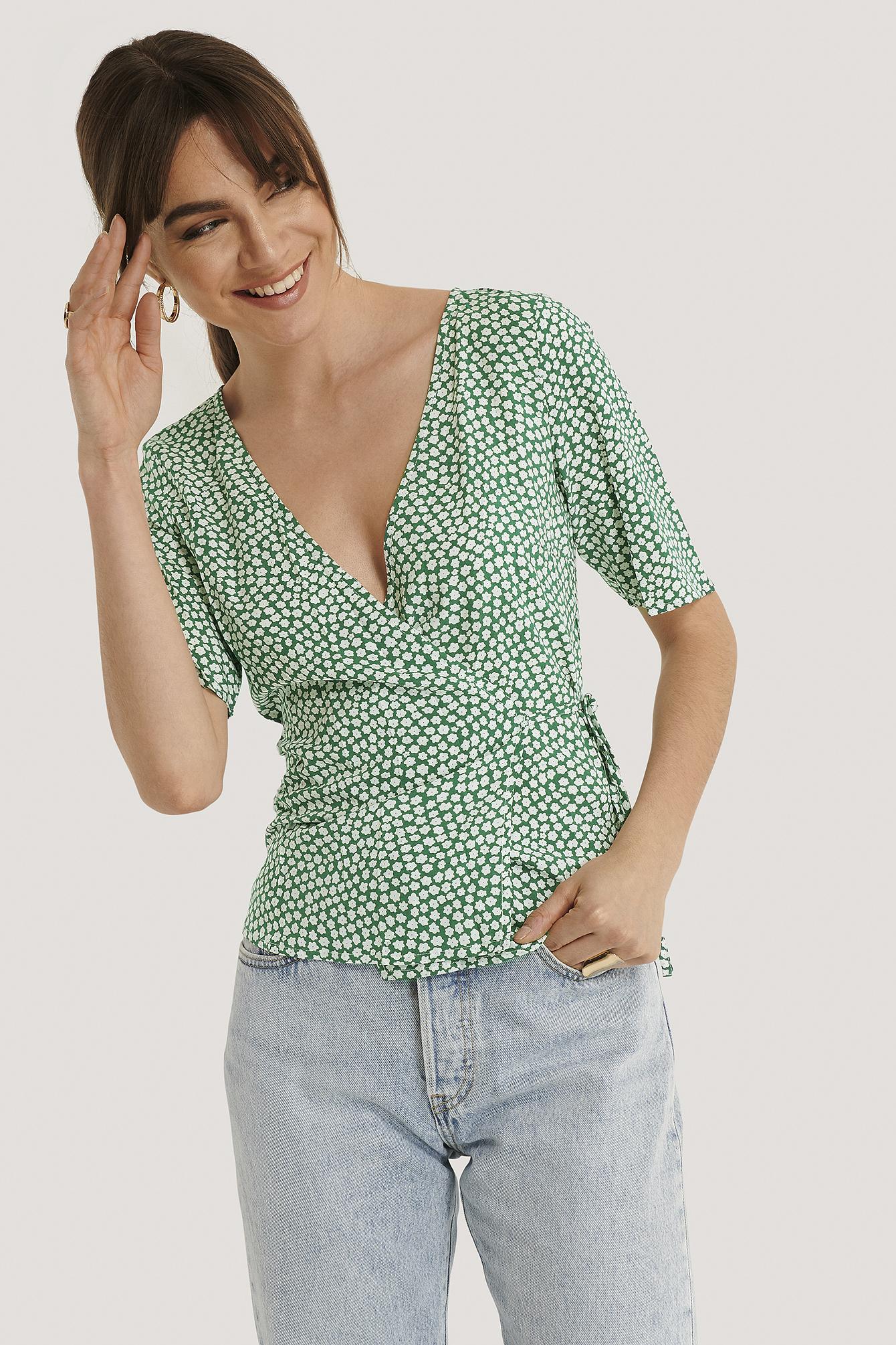 na-kd -  Überlappende Bluse - Green