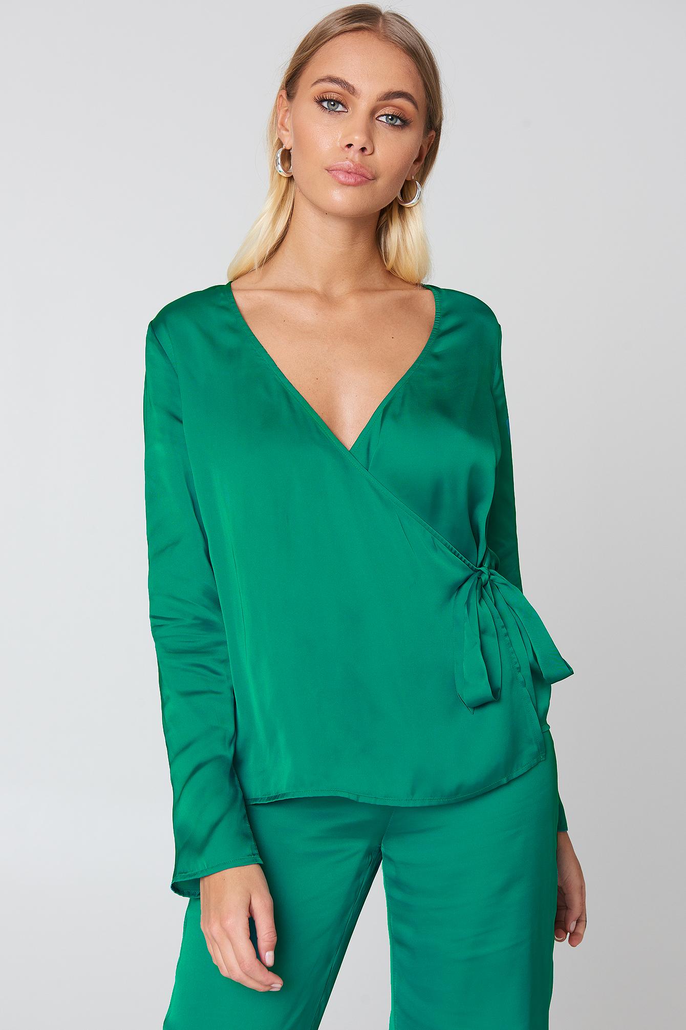 na-kd -  Overlap Side Tie Satin Top - Green