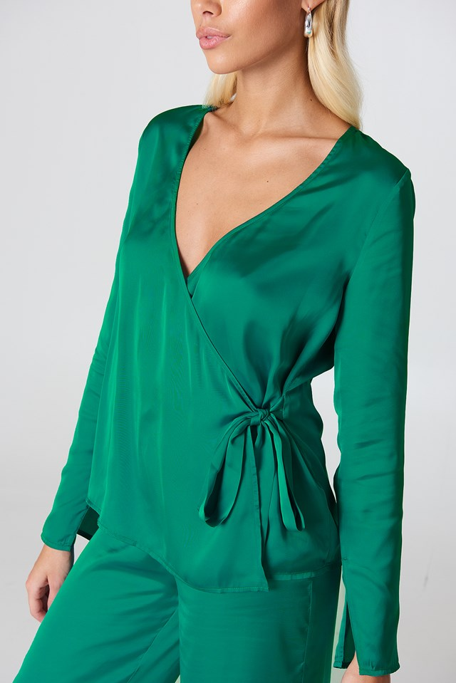 Overlap Side Tie Satin Top Basil green