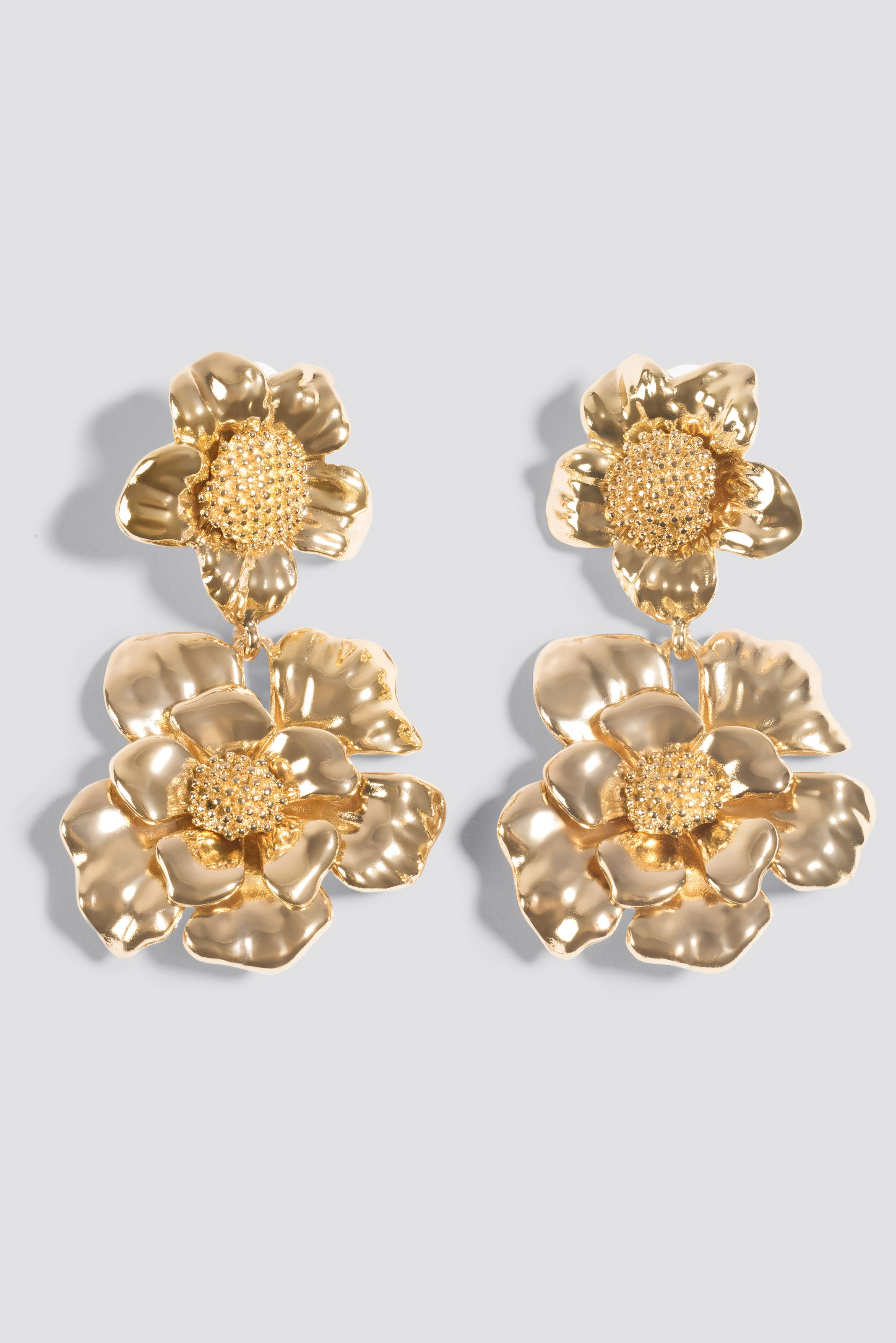 Oversize Flower Earrings NA-KD.COM