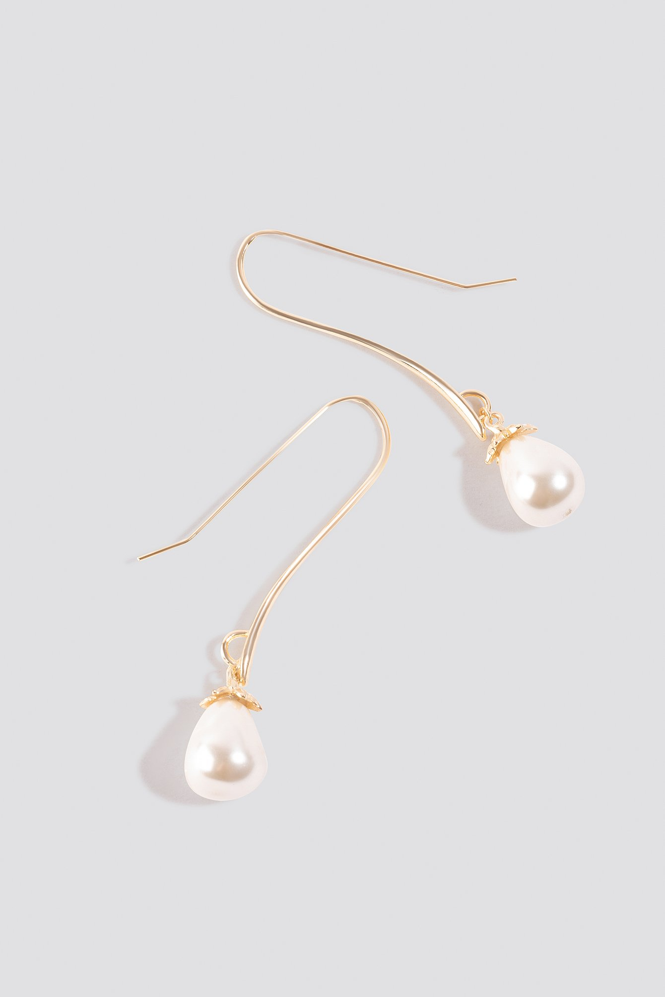 Oversize Hanging Pearl Earrings NA-KD.COM