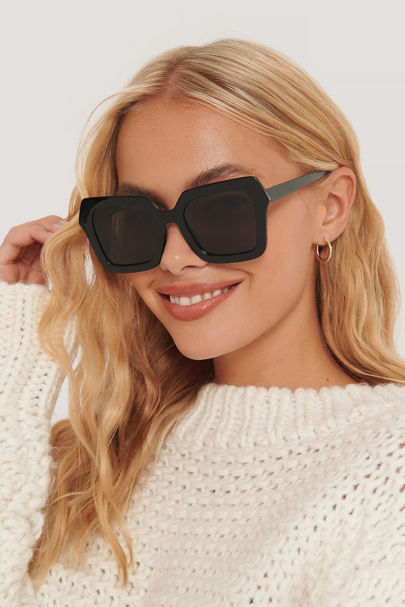 na-kd accessories -  Oversize Retro-Sonnenbrille Mit Eckiger Fassung - Black