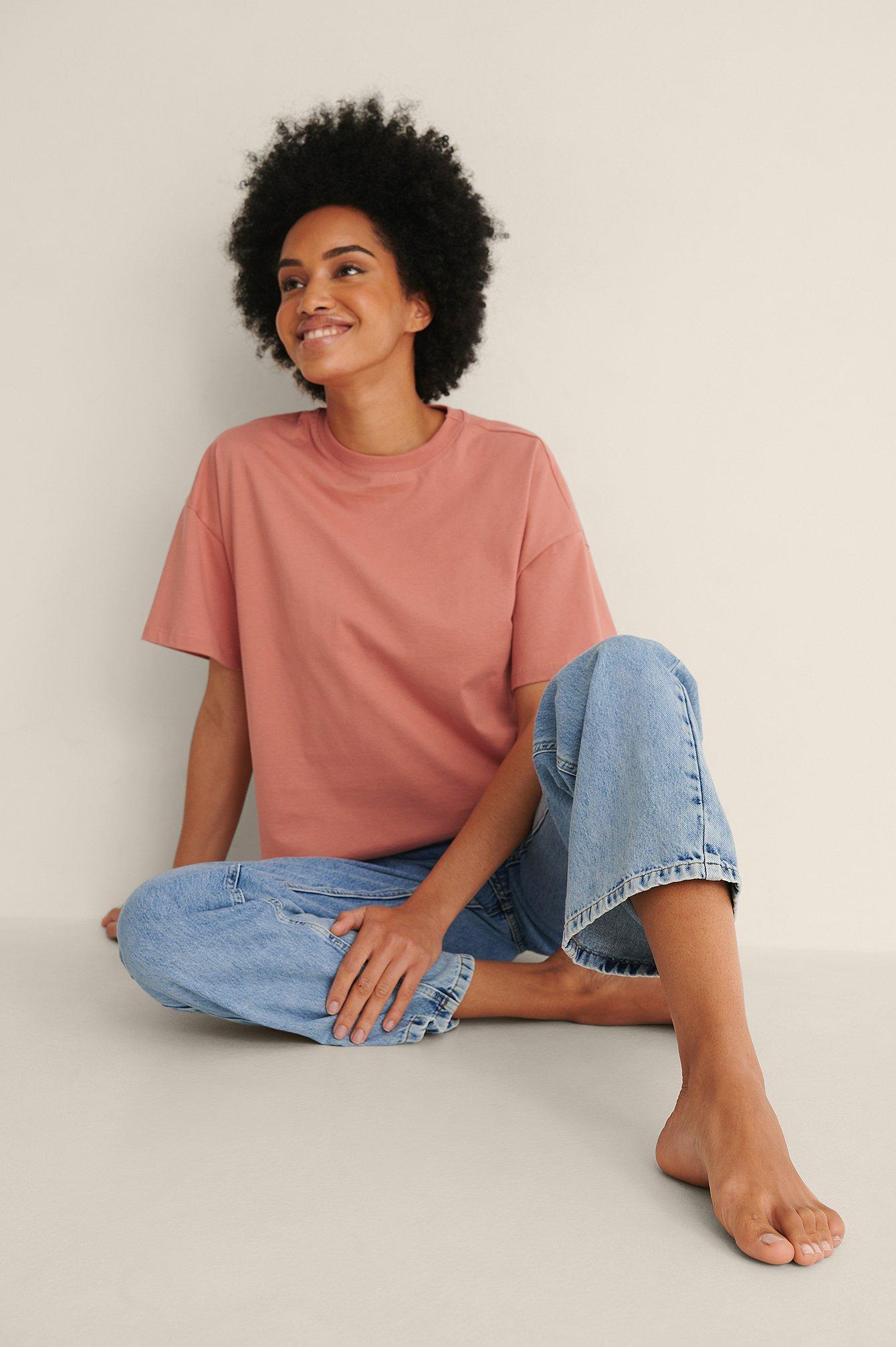 NA-KD Basic Økologisk oversize t-shirt med 3/4 ærmer - Pink