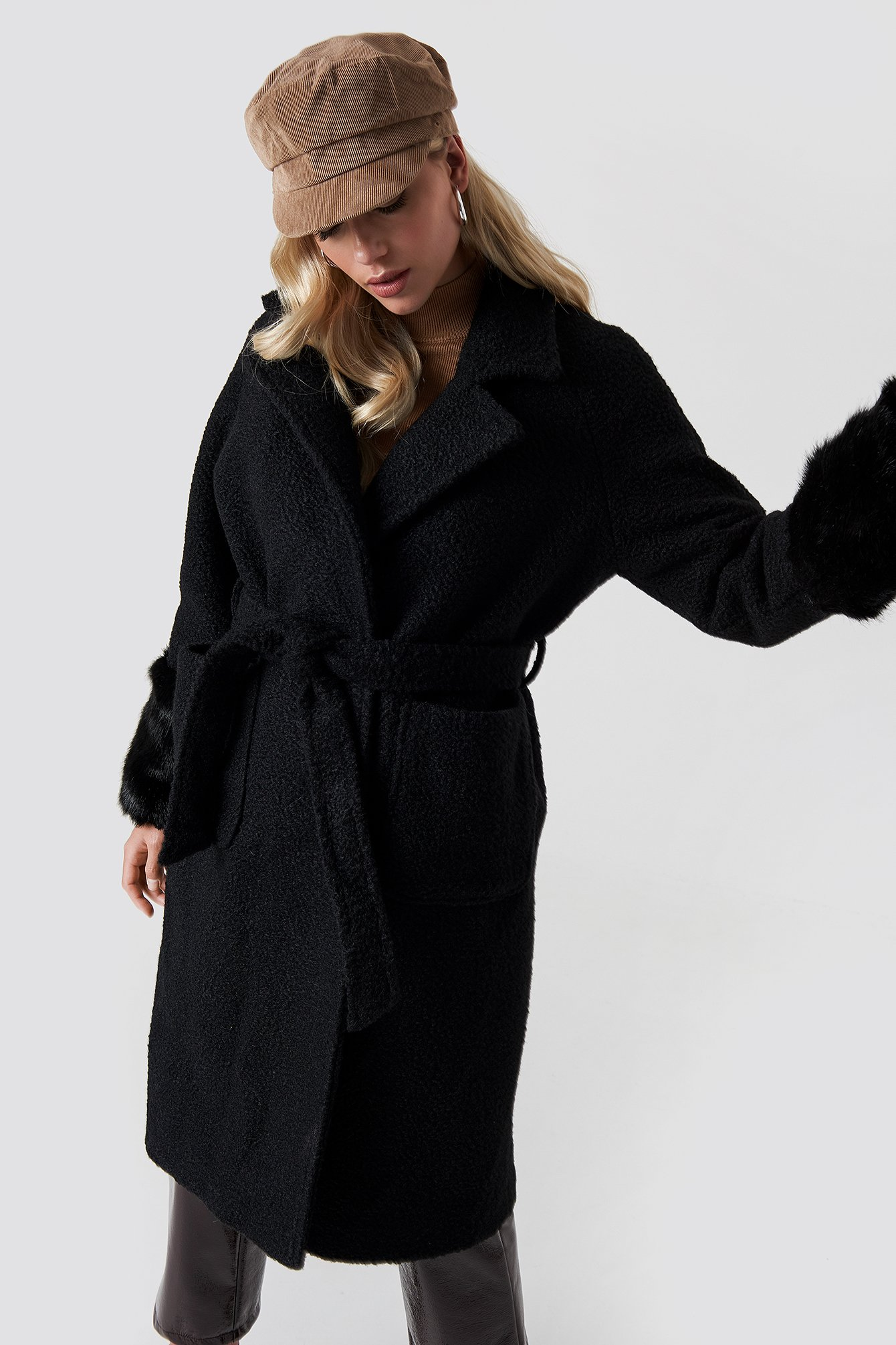 Oversized Faux Fur Cuff Coat NA-KD.COM