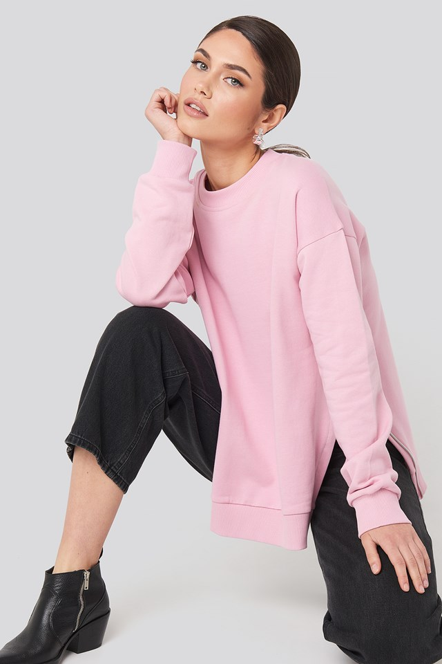 Oversized Side Slit Sweater Pink