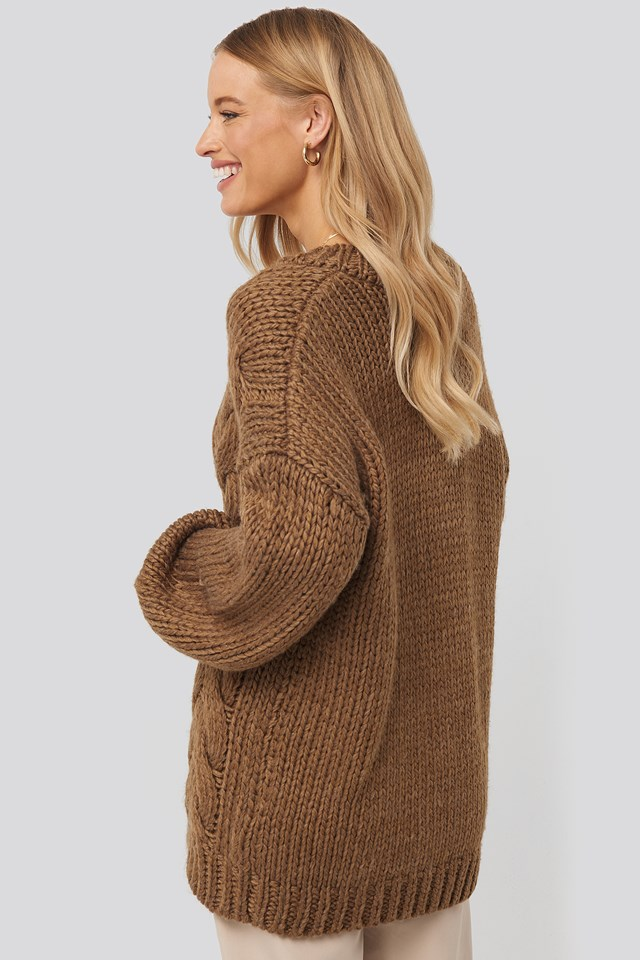 Oversized V-Neck Heavy Knitted Cable Sweater Brown