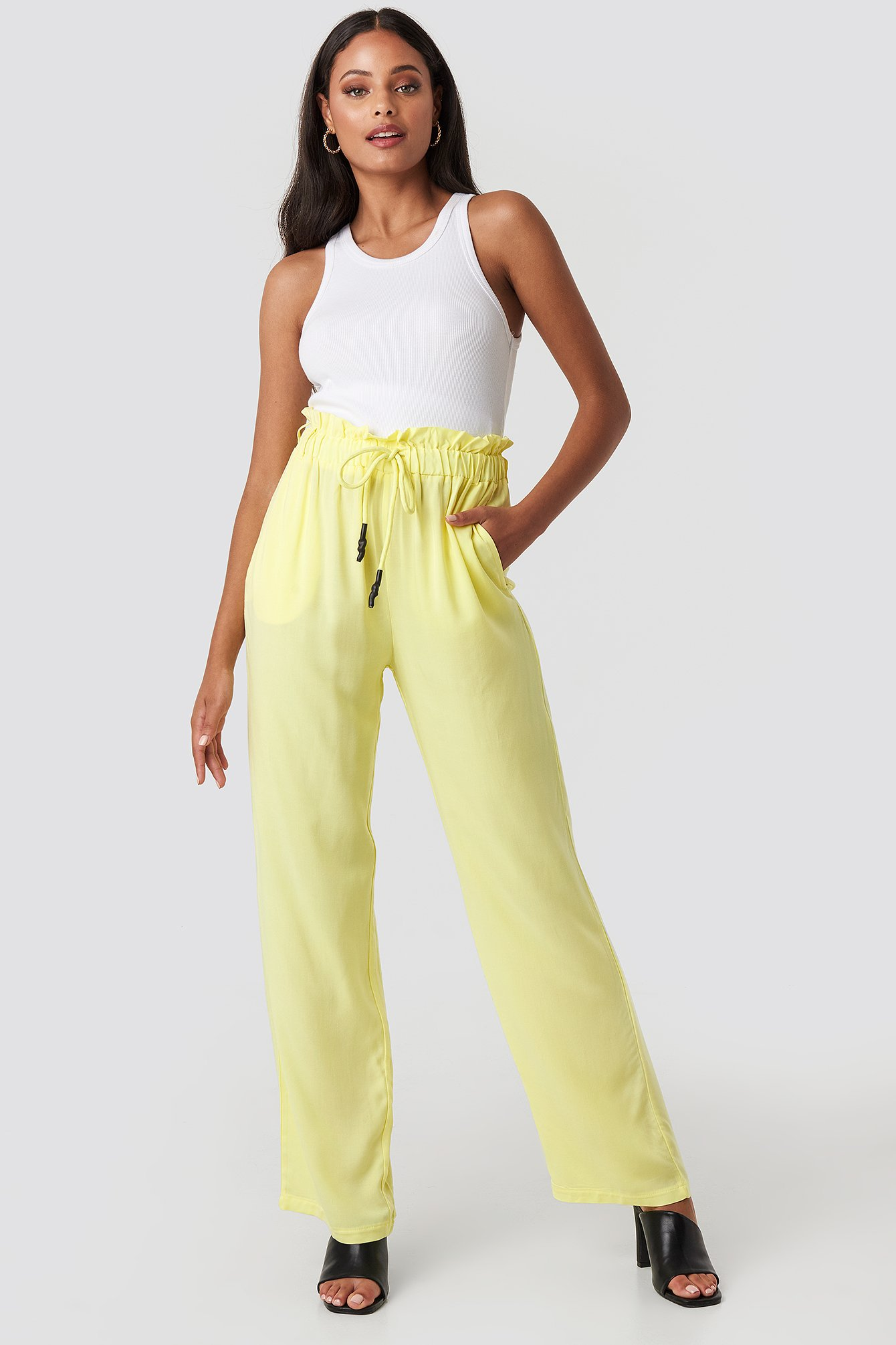 na-kd -  Paperbag Wide Leg Trousers - Yellow