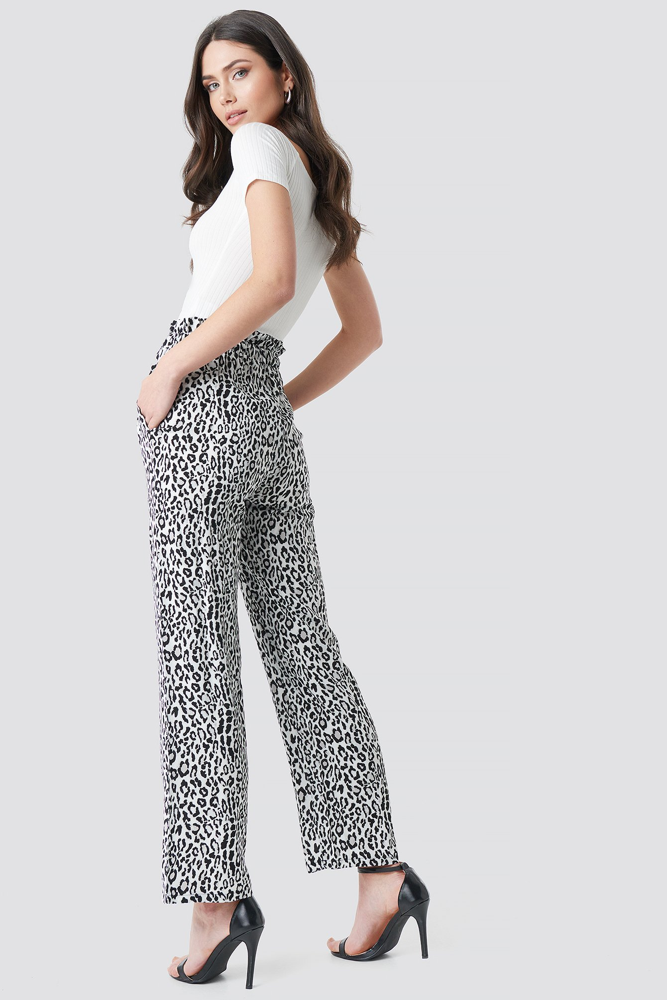 Paperbag Wide Leg Trousers NA-KD.COM
