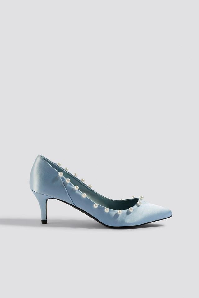 Czółenka z perłami Light Blue
