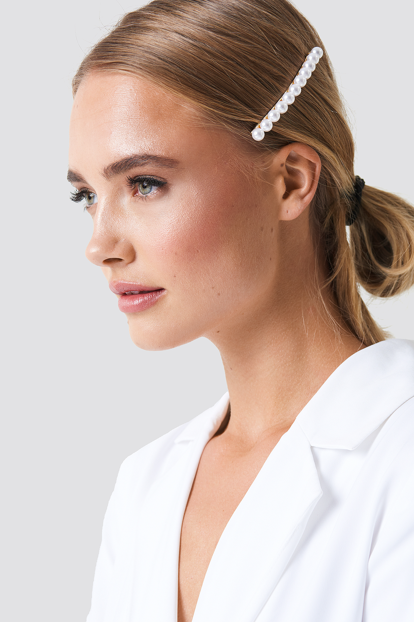 Spinka do włosów z perłami NA-KD.COM