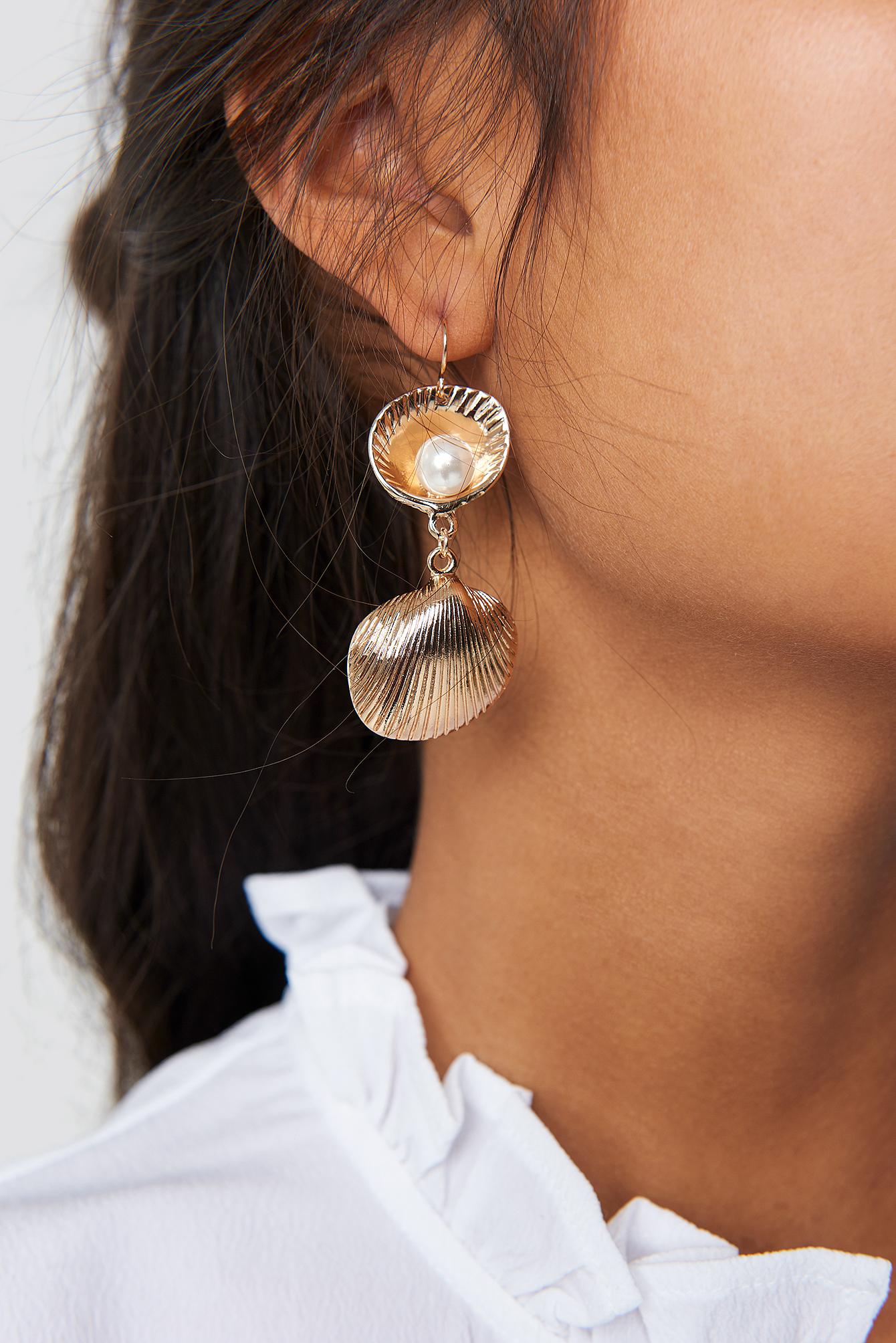 Pearl In Shell Earrings NA-KD.COM