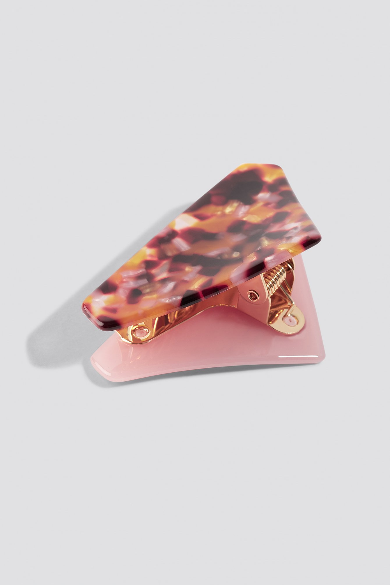 Pink Triangular Resin Hair Clip NA-KD.COM