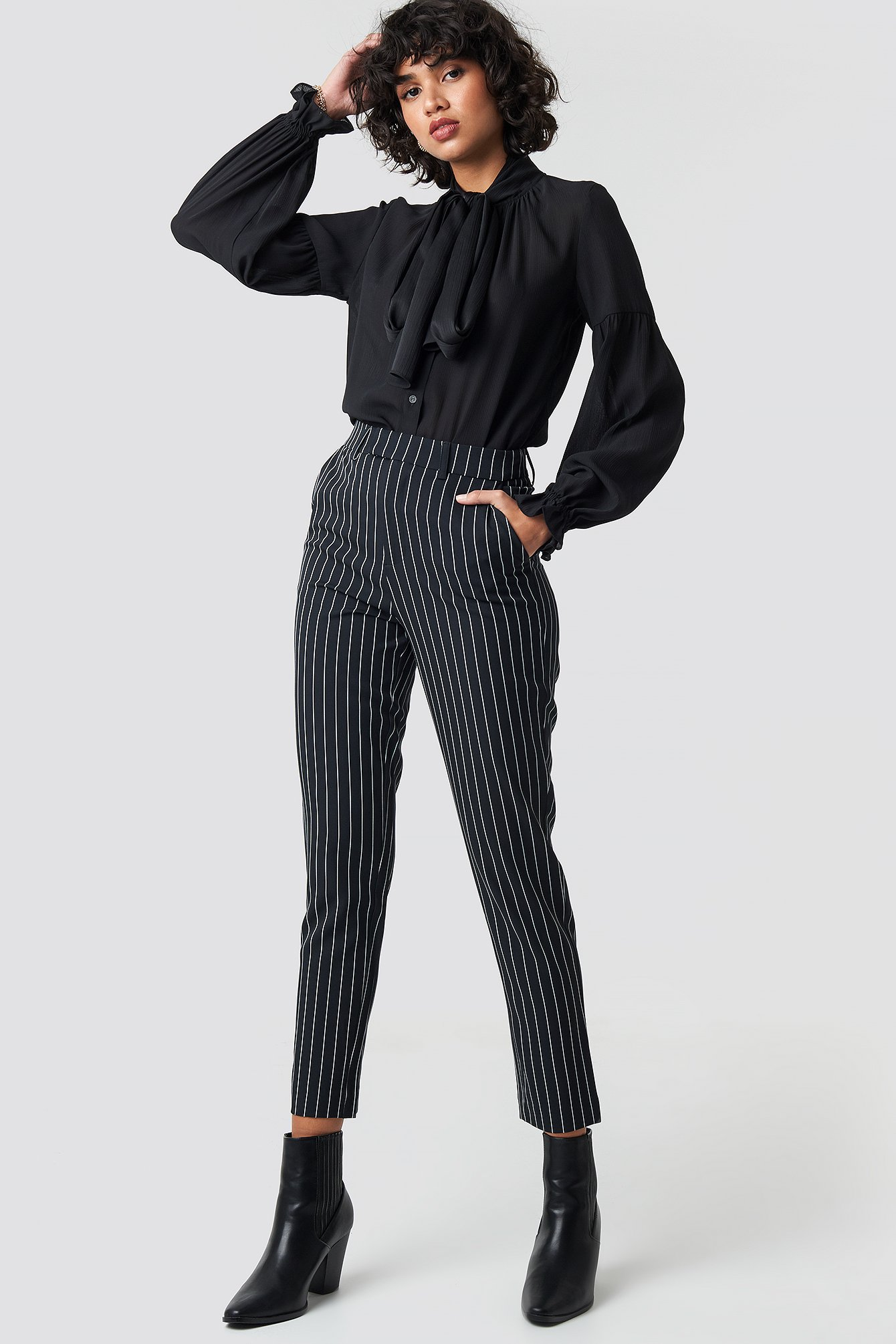 na-kd classic -  Pinstriped High Waist Suit Pants - Black
