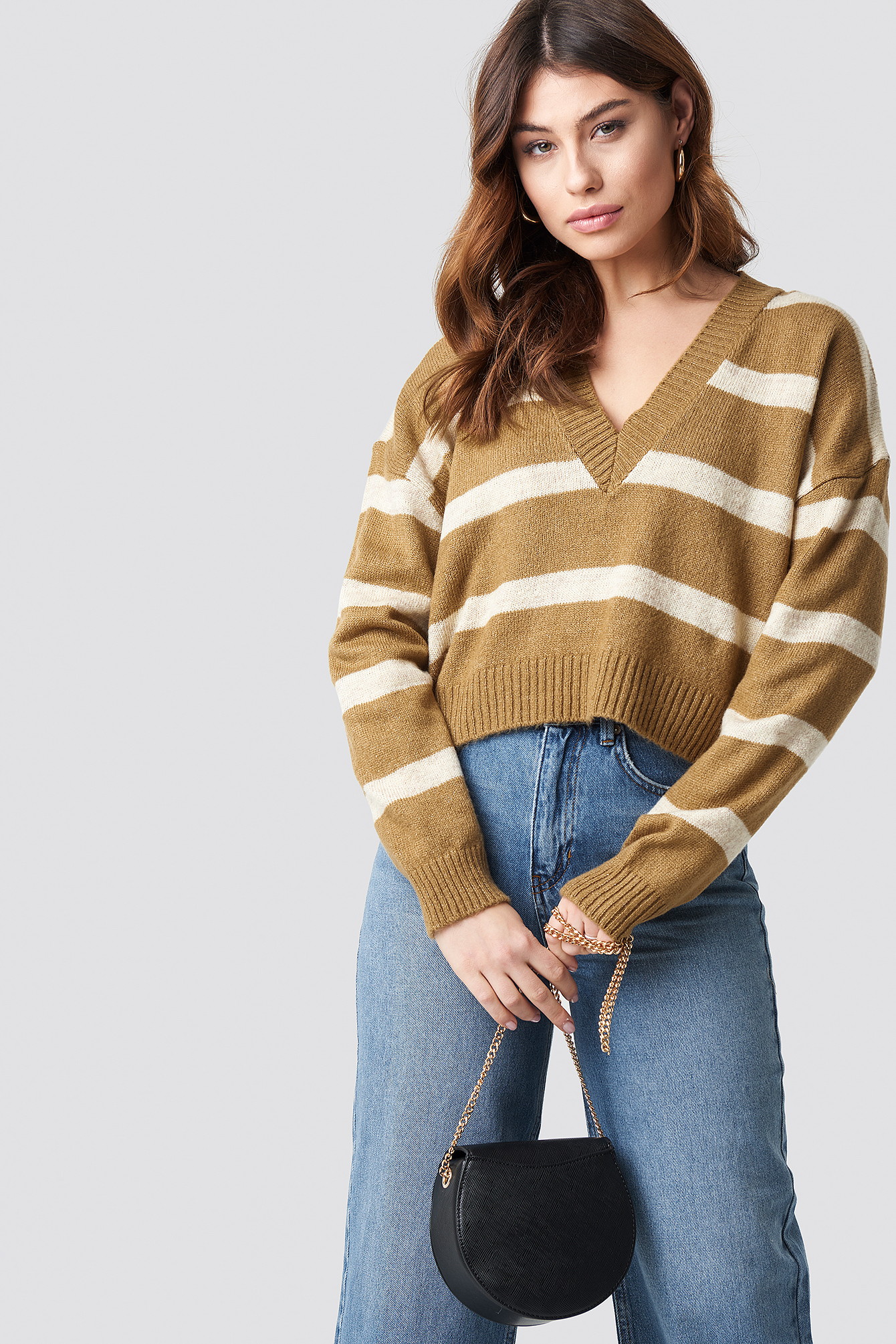 Pinstriped V-neck Knitted Sweater NA-KD.COM
