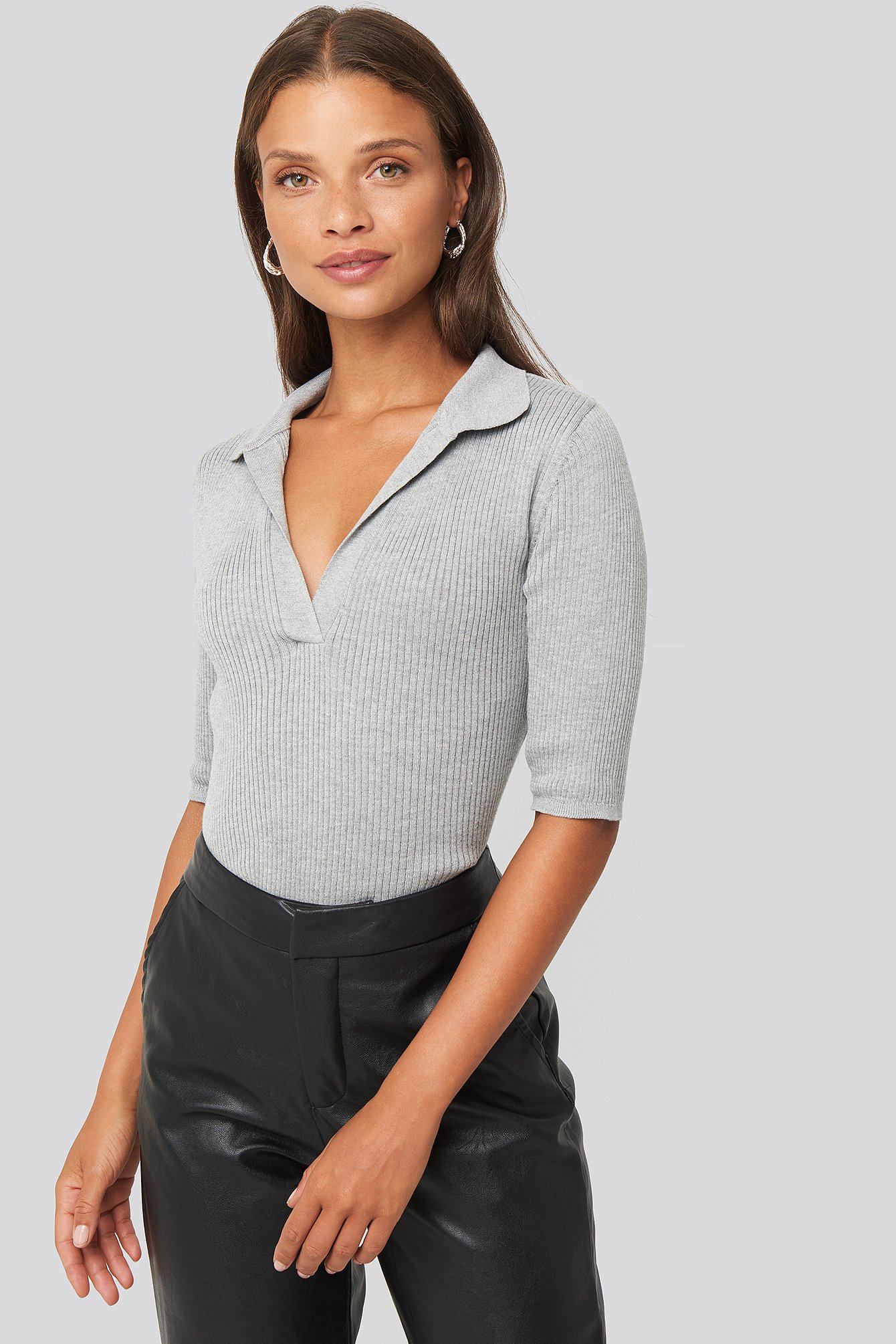NA-KD Pique Collar Knitted Top - Grey