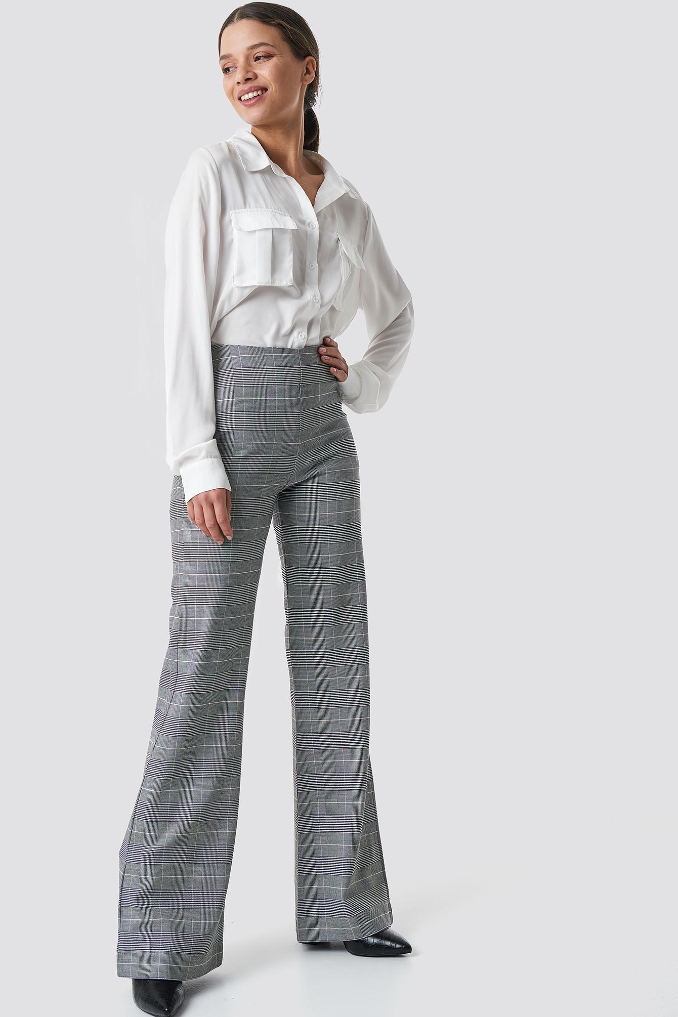 Plain High Waist Flared Pants NA-KD.COM