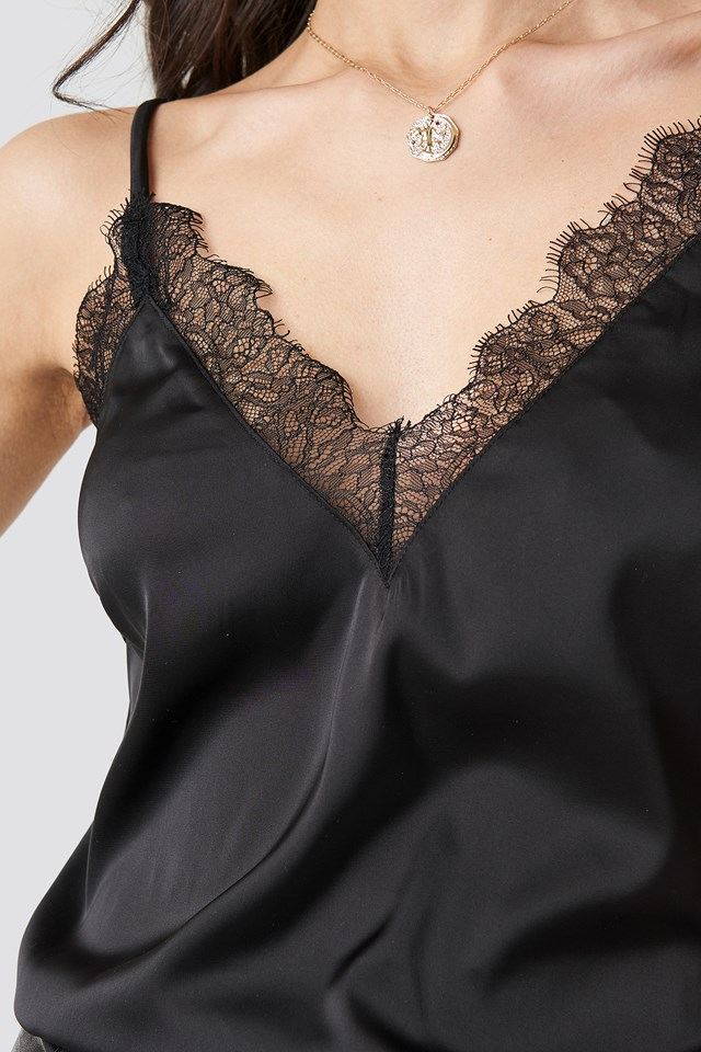 Plain Lace Singlet Black