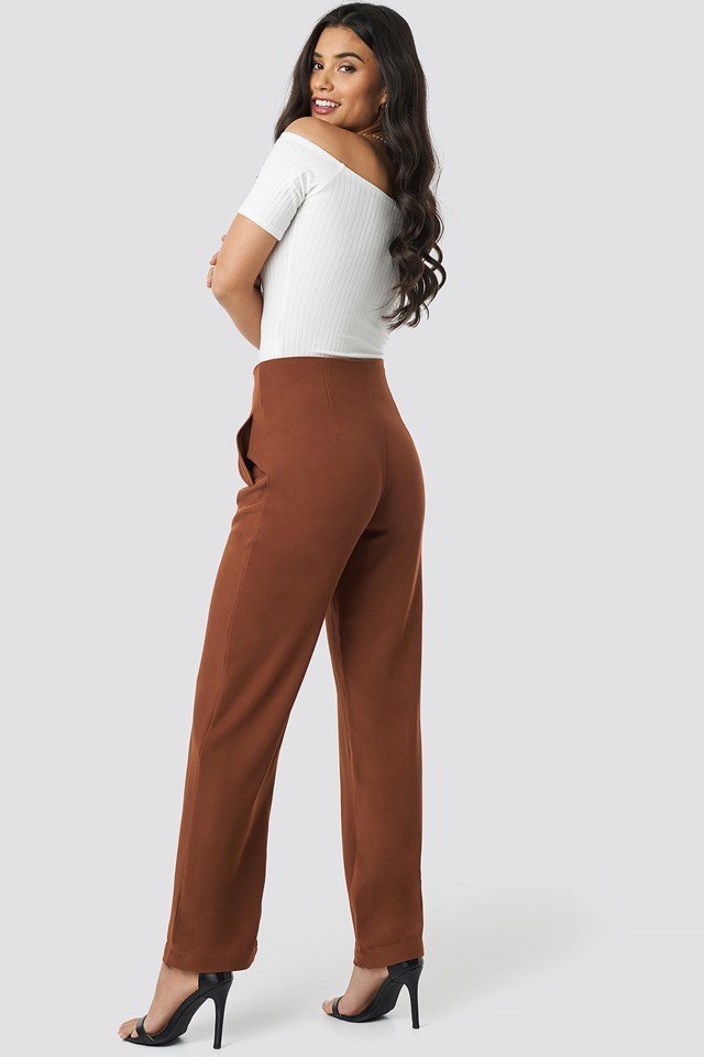 Pleated Buttoned Suit Pants Brown