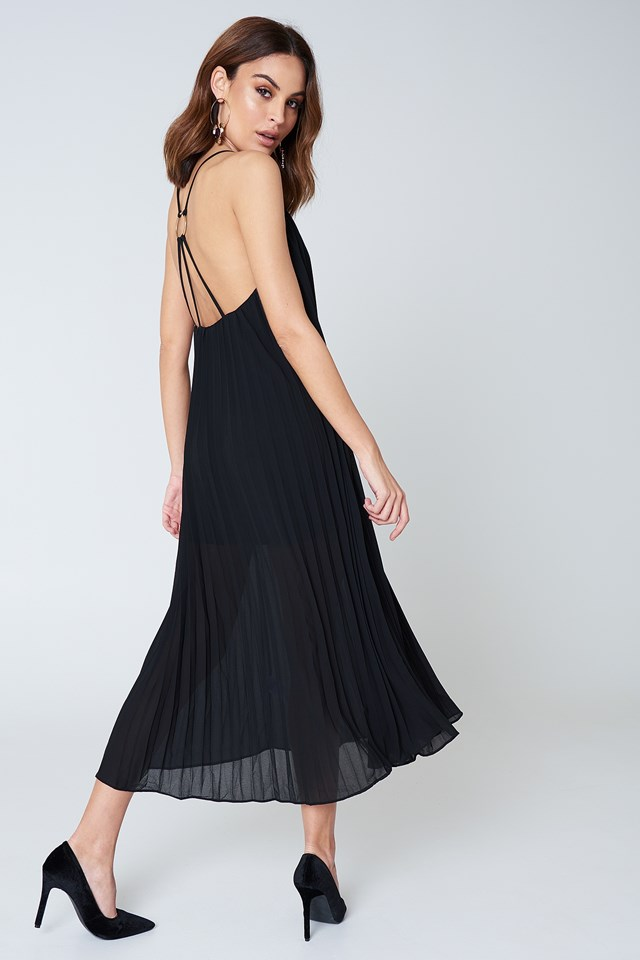 Pleated Chiffon Strap Midi Dress NA-KD.COM