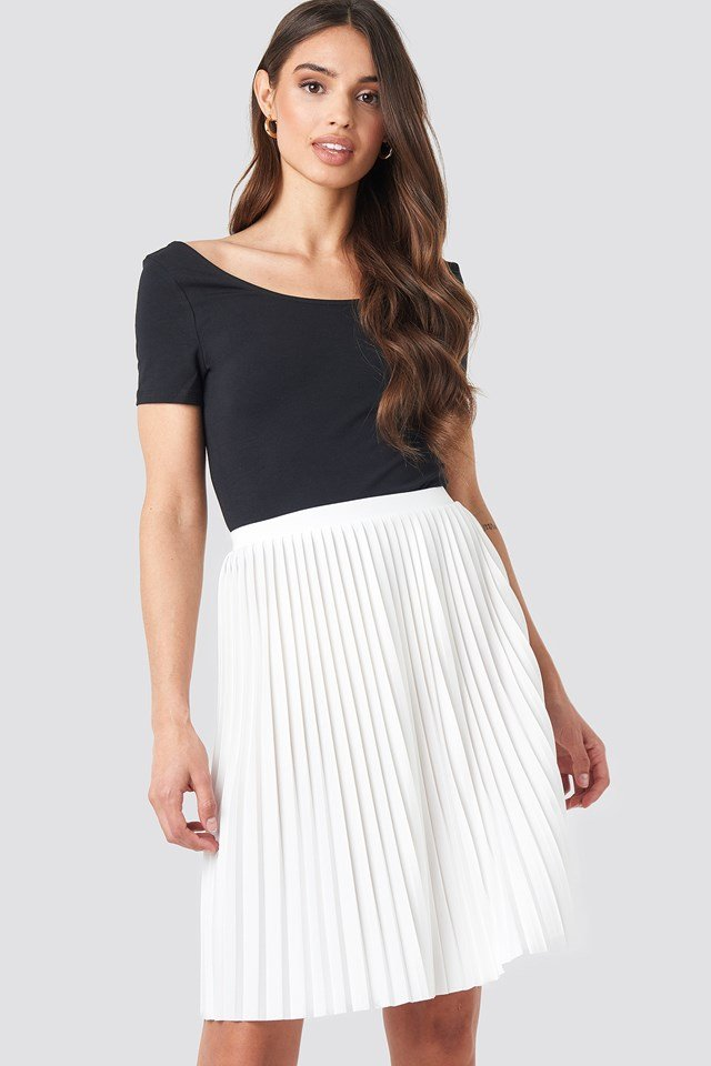 Short Pleated Skirt Offwhite