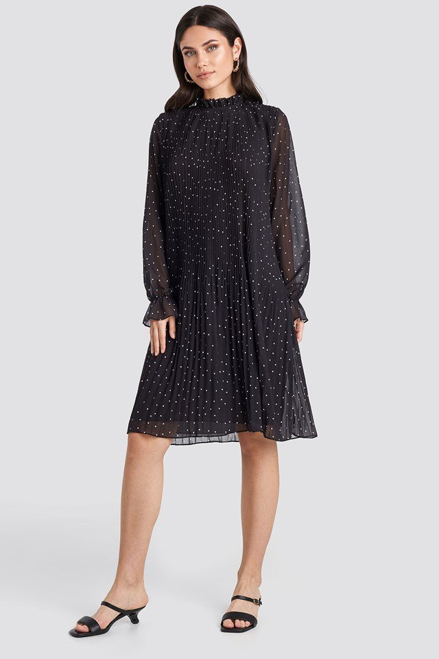 Pleated Dotted Dress Black