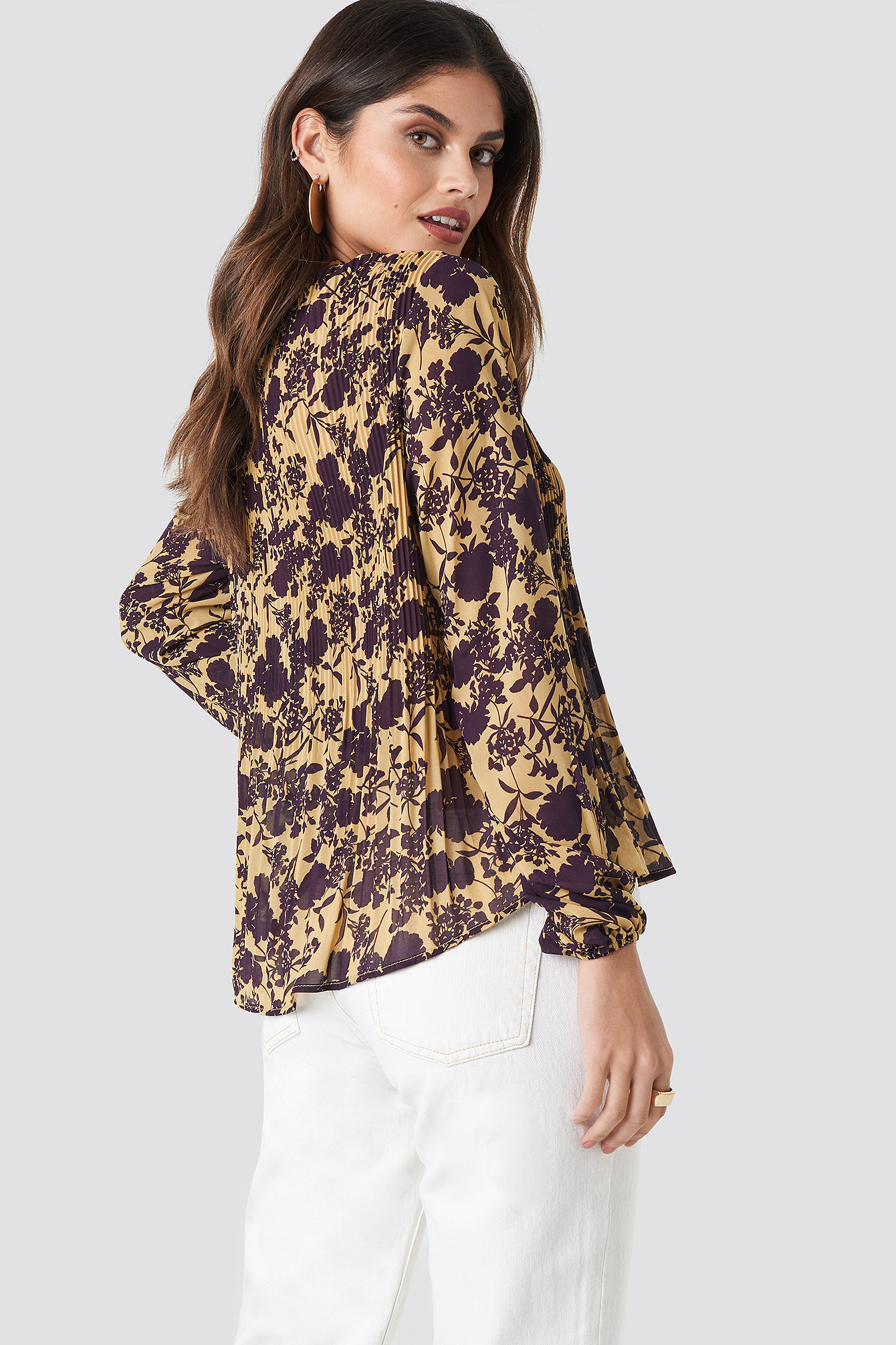 Pleated Flowy Blouse NA-KD.COM