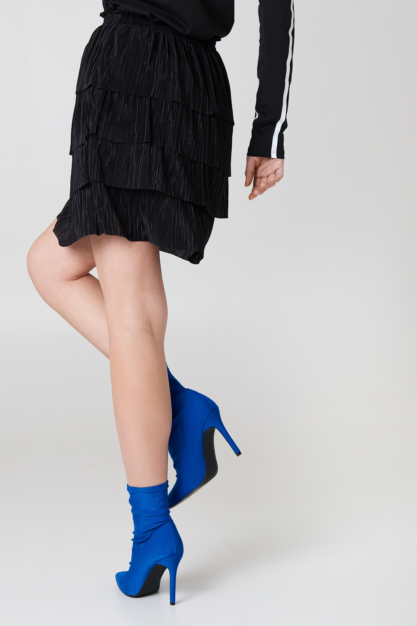 Pleated Layered Skirt NA-KD.COM