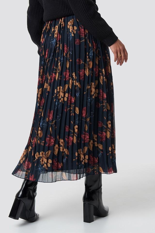 Pleated Long Skirt Dark Blue Tulip Pattern