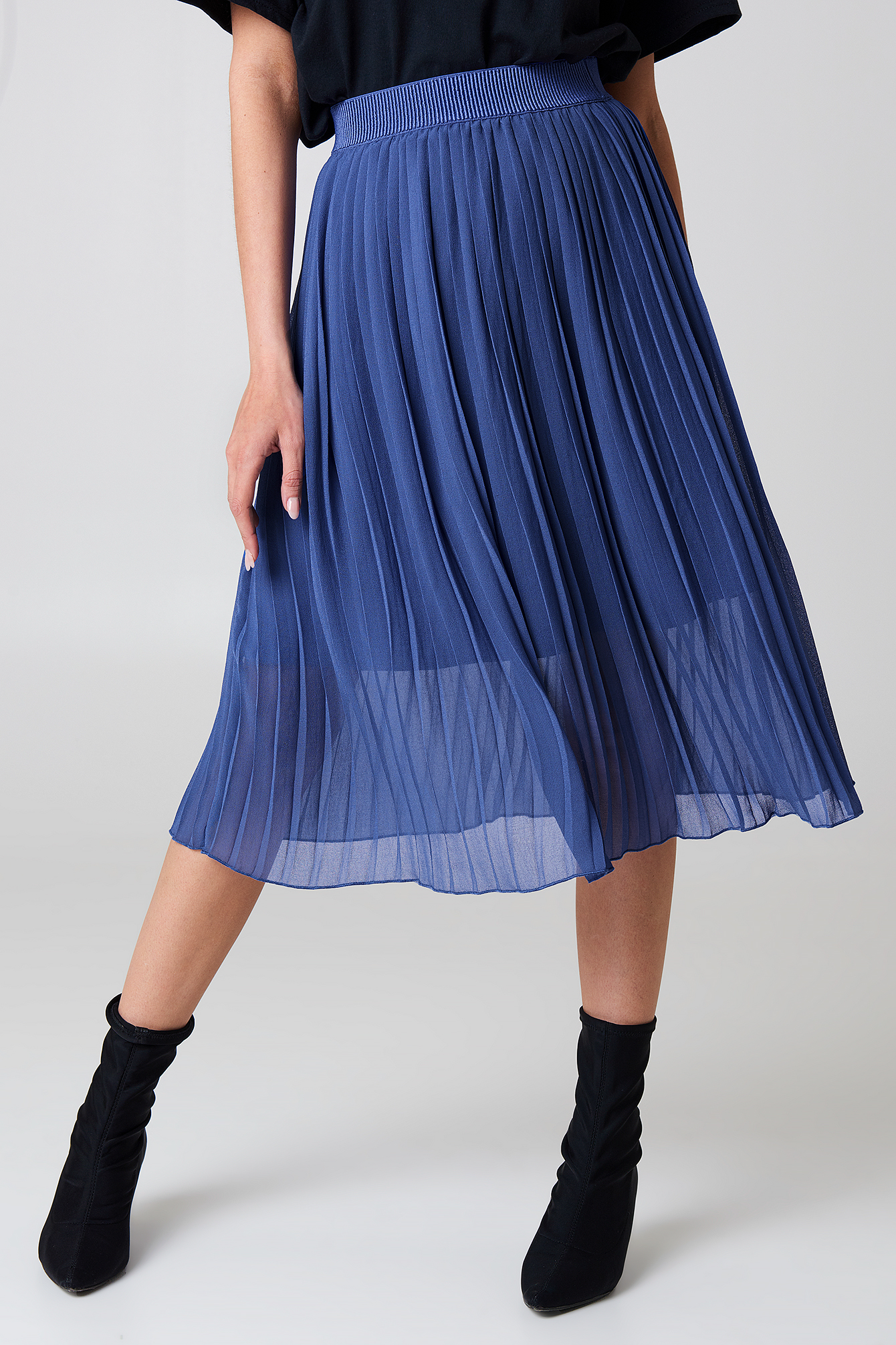 Pleated Midi Skirt NA-KD.COM