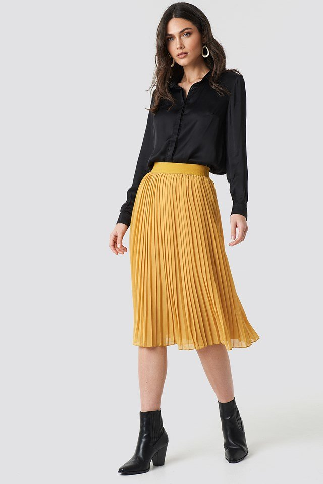 Pleated Midi Skirt Dark Mustard