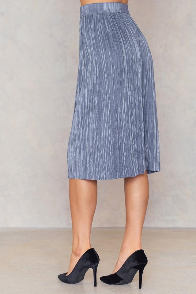 Pleated Shimmery Skirt Blue